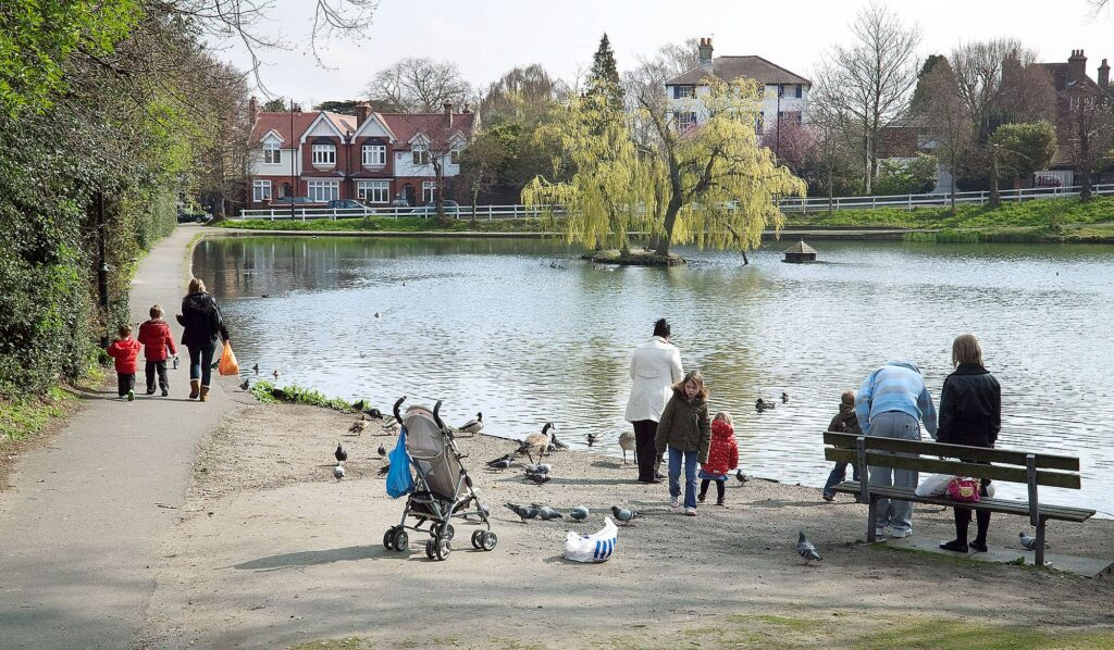 Let's Move to… Chislehurst